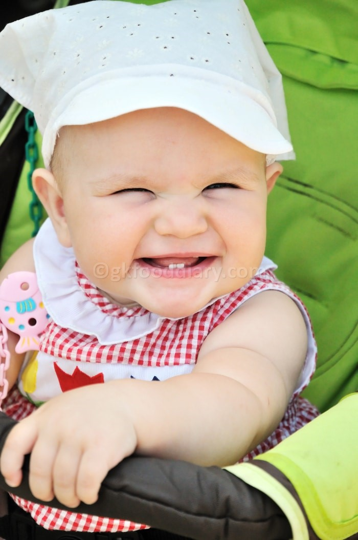 Tips to Soothe a Teething Baby - Distraction