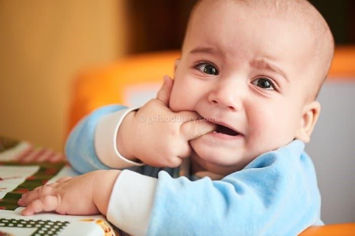 Signs Of Teething in Babies